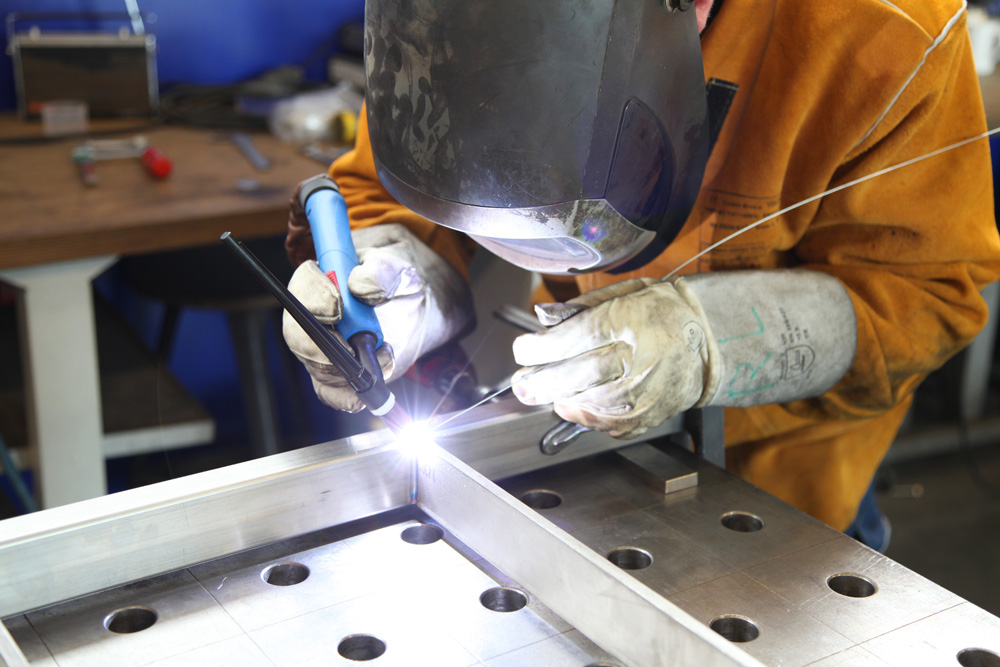 heli arc welding with Metal Fabrication on Index further Watch as well Soldadora Tig Inverter further 9373l in addition Types Of Welding.